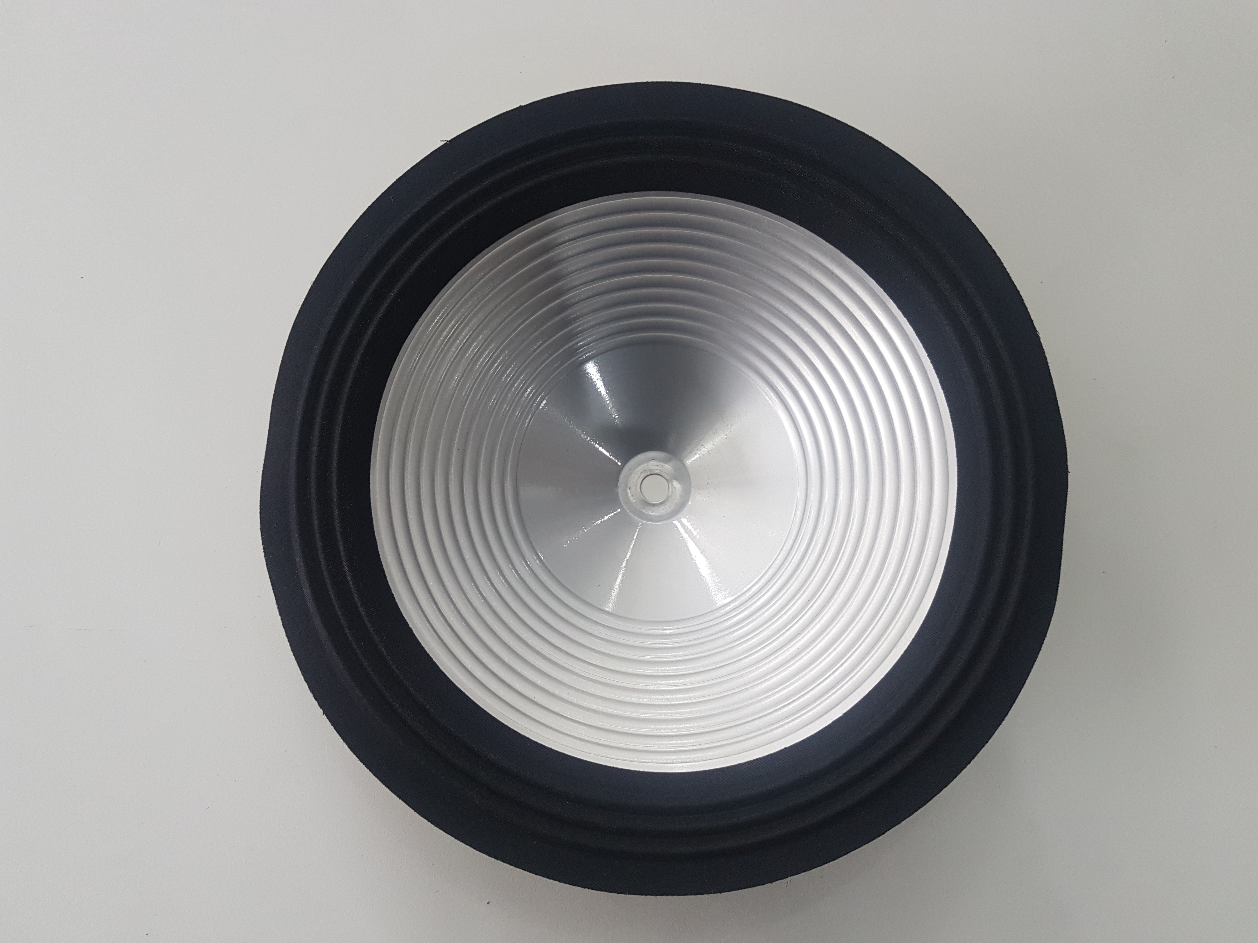 Cones de alumínio 10 Polegadas